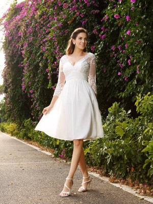 A-Line/Princess V-neck 3/4 Sleeves Knee-Length Chiffon Wedding Dresses