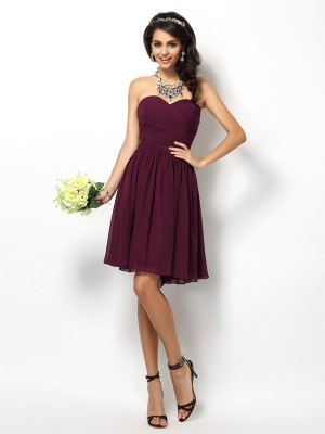 A-Line/Princess Sweetheart Sleeveless Short/Mini Chiffon Bridesmaid Dresses with Pleats