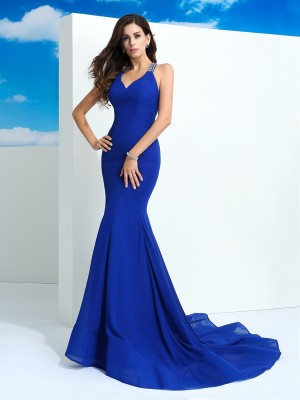 Sheath/Column Straps Sleeveless Court Train Chiffon Dresses with Beading