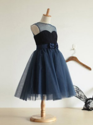 Ball Gown Jewel Sleeveless Tea-Length Tulle Flower Girl Dresses with Bowknot