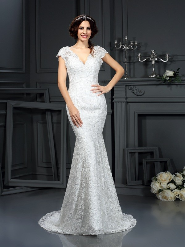 Trumpet/Mermaid V-neck Sleeveless Court Train Lace Wedding Dresses with Lace