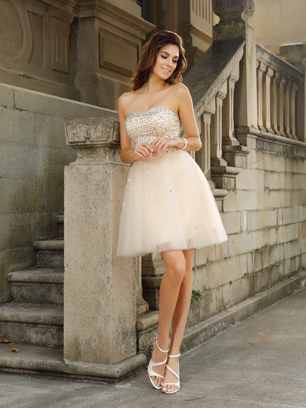 A-Line/Princess Strapless Sleeveless Short/Mini Satin Dresses with Beading