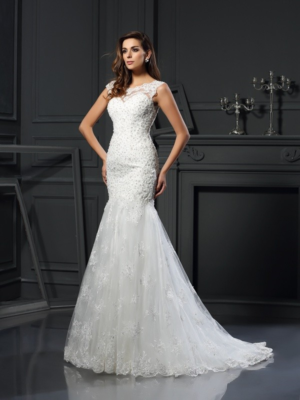 Trumpet/Mermaid Scoop Short Sleeves Chapel Train Tulle Wedding Dresses with Applique