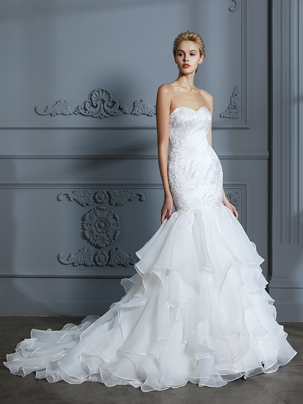 Trumpet/Mermaid Sweetheart Sleeveless Sweep/Brush Train Organza Wedding Dresses with Ruffles