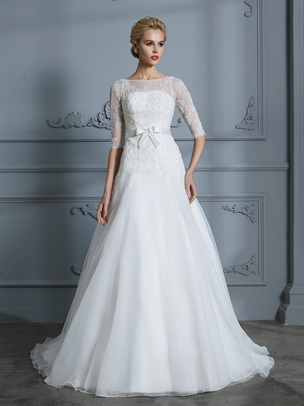 A-Line/Princess Scoop 1/2 Sleeves Court Train Tulle Wedding Dresses with Lace