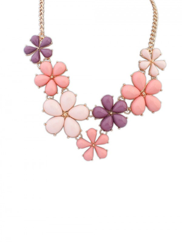Occident Flowers Sweet Fashion Necklace