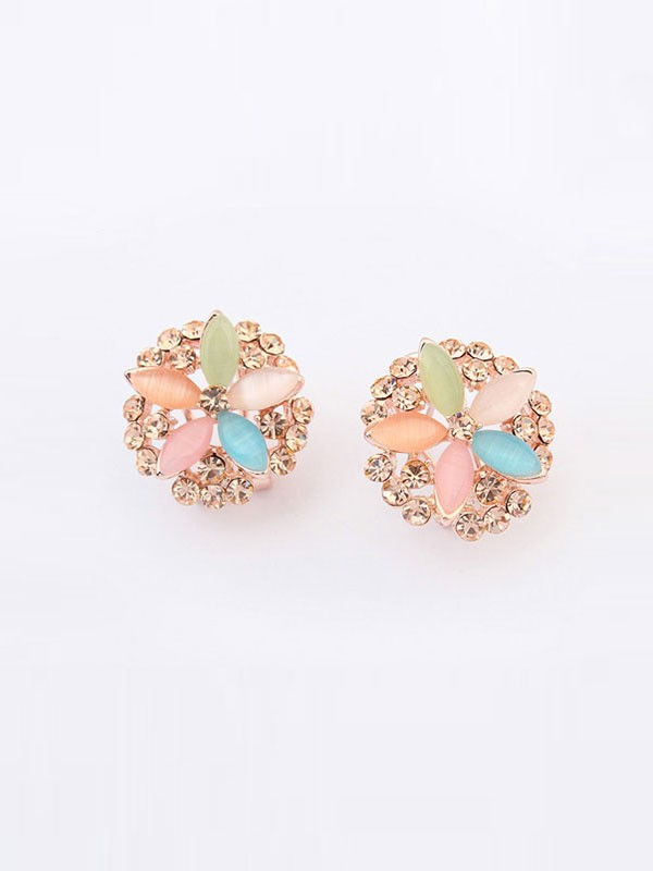 Occident Fashionable Five Flowers Exquisite Fashion Ear Clip