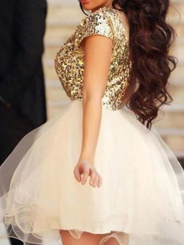 A-Line/Princess Scoop Sleeveless Short/Mini Tulle Dresses with Sequin