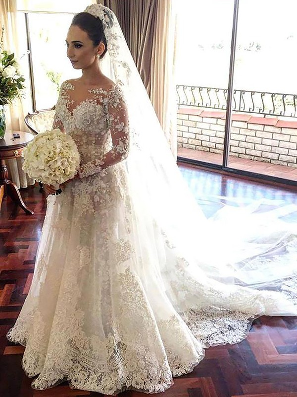 A-Line/Princess Bateau Long Sleeves Chapel Train Tulle Wedding Dresses with Lace