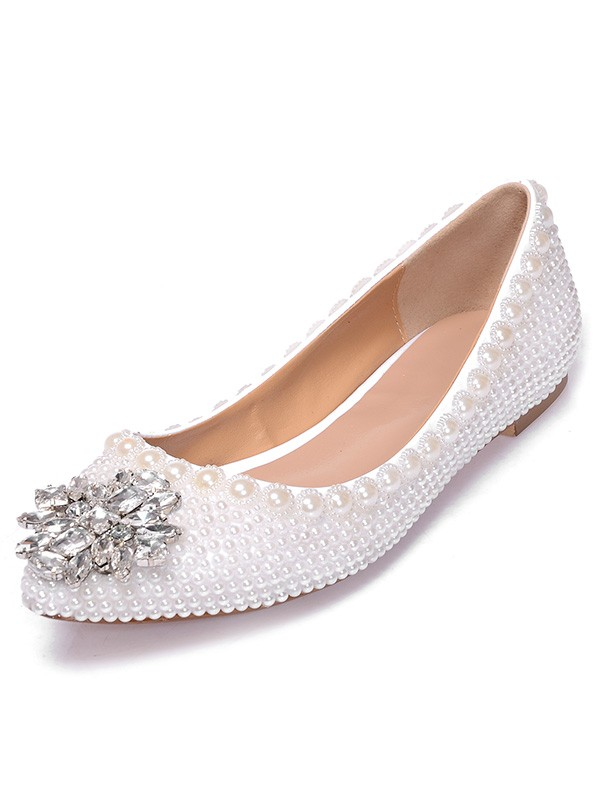 Patent Leather Closed Toe Flat Heel With Pearl Rhinestone Casual Flat Shoes