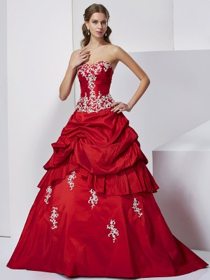 Ball Gown Sweetheart Sleeveless Floor-Length Taffeta Dresses with Beading Applique