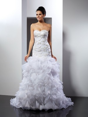 Trumpet/Mermaid Sweetheart Sleeveless Chapel Train Organza Wedding Dresses with Beading