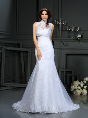 Trumpet/Mermaid Sweetheart Sleeveless Court Train Satin Wedding Dresses with Lace