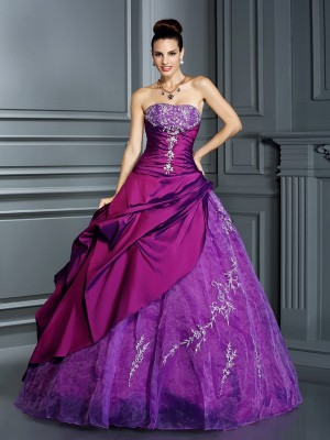 Ball Gown Strapless Sleeveless Floor-Length Taffeta Dresses with Applique