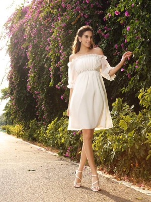 A-Line/Princess Off-the-Shoulder 1/2 Sleeves Knee-Length Chiffon Wedding Dresses with Beading