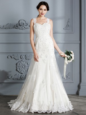 Trumpet/Mermaid Sweetheart Sleeveless Court Train Lace Wedding Dresses