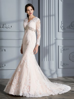 Trumpet/Mermaid V-neck Long Sleeves Sweep/Brush Train Organza Wedding Dresses with Beading