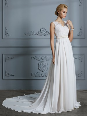 A-Line/Princess V-neck Sleeveless Court Train Chiffon Wedding Dresses with Lace