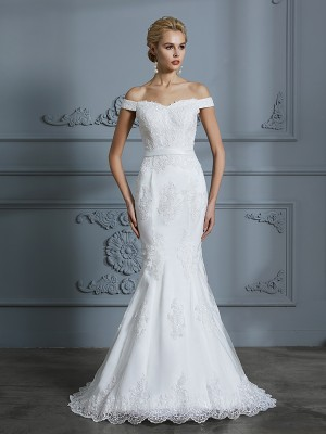 Trumpet/Mermaid Off-the-Shoulder Sleeveless Sweep/Brush Train Tulle Wedding Dresses with Lace