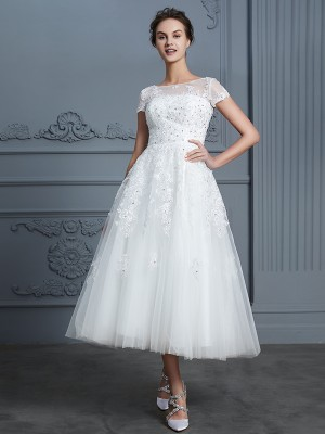 A-Line/Princess Scoop Short Sleeves Tea-Length Tulle Wedding Dresses with Beading
