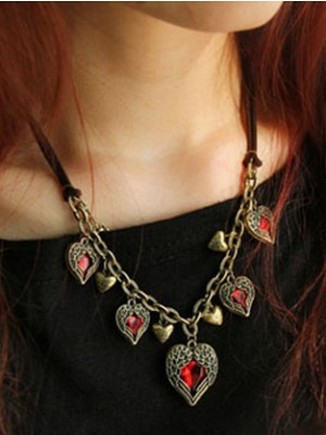 Occident Retro Exquisite Angel Heart Stylish Fashion Necklace