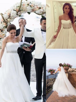 A-Line/Princess Sweetheart Sleeveless Sweep/Brush Train Tulle Wedding Dresses with Beading