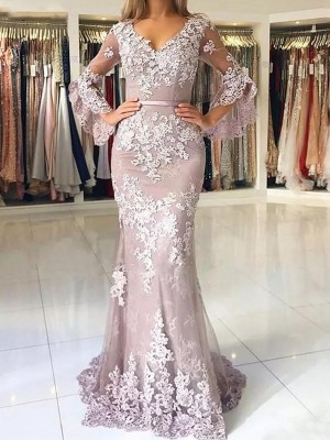 Trumpet/Mermaid V-neck 3/4 Sleeves Sweep/Brush Train Tulle Dresses with Applique