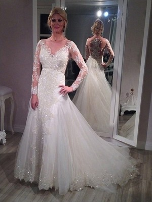 A-Line/Princess V-neck Long Sleeves Sweep/Brush Train Tulle Wedding Dresses with Sequin