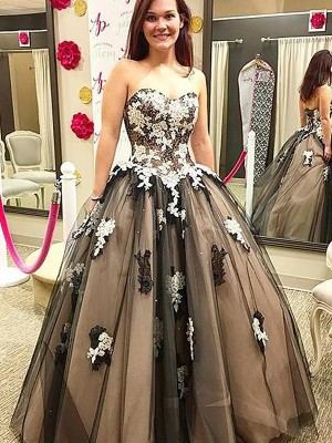 Ball Gown Sweetheart Sleeveless Floor-Length Tulle Dresses with Applique