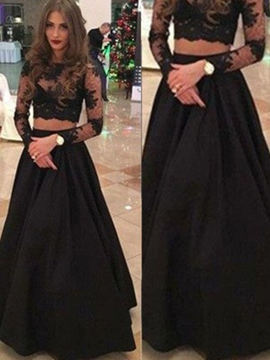 A-Line/Princess Scoop Long Sleeves Floor-Length Lace Dresses with Lace